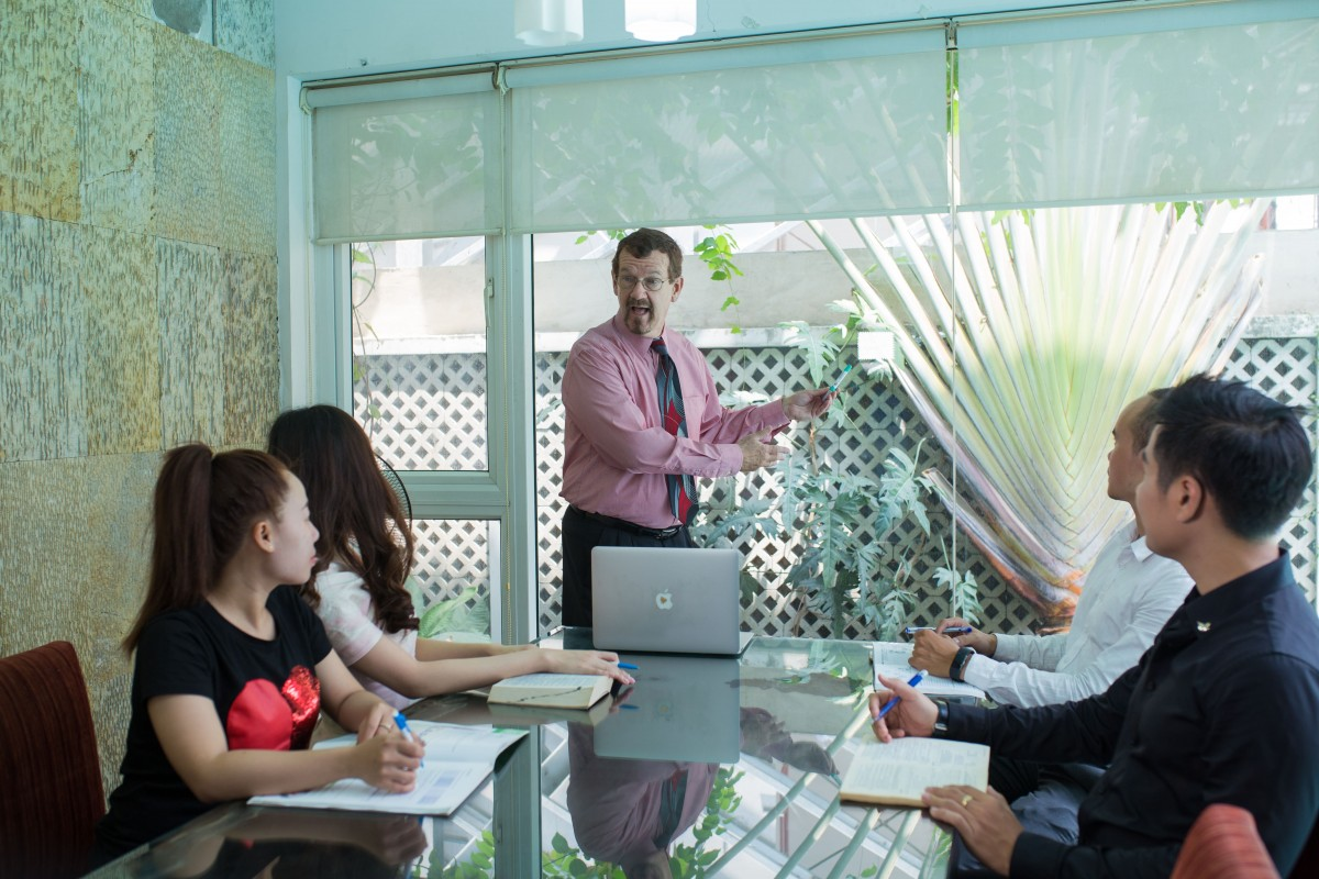 đào tạo tiếng Anh cho nhân viên