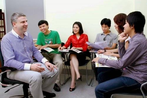 học tiếng anh với giáo viên nước ngoài