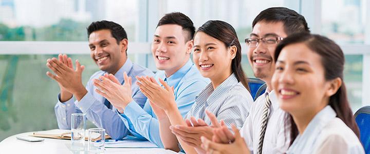 tìm giáo viên bản ngữ cho trung tâm tại Đà Nẵng