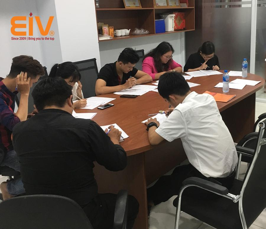 DEVELOPMENT - Nhóm học hè chuyên sâu chỉ có tại EIV Education