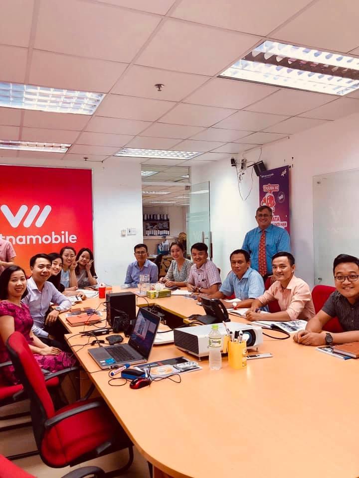 Cung cấp giáo viên nước ngoài cho doanh nghiệp tại Hà Nội