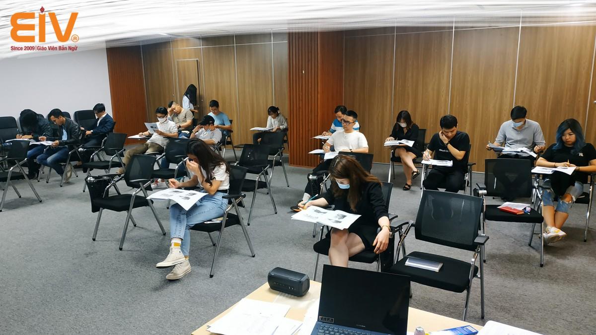 EIV Education x FUNTAP: Đào tạo Tiếng Anh cho nhân viên