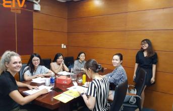 (Tiếng Việt) Những lợi ích của việc thuê giáo viên bản ngữ tại EIV Education mùa Covid