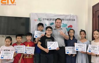 Nên học Tiếng Anh với giáo viên bản ngữ hay giáo viên Philippines